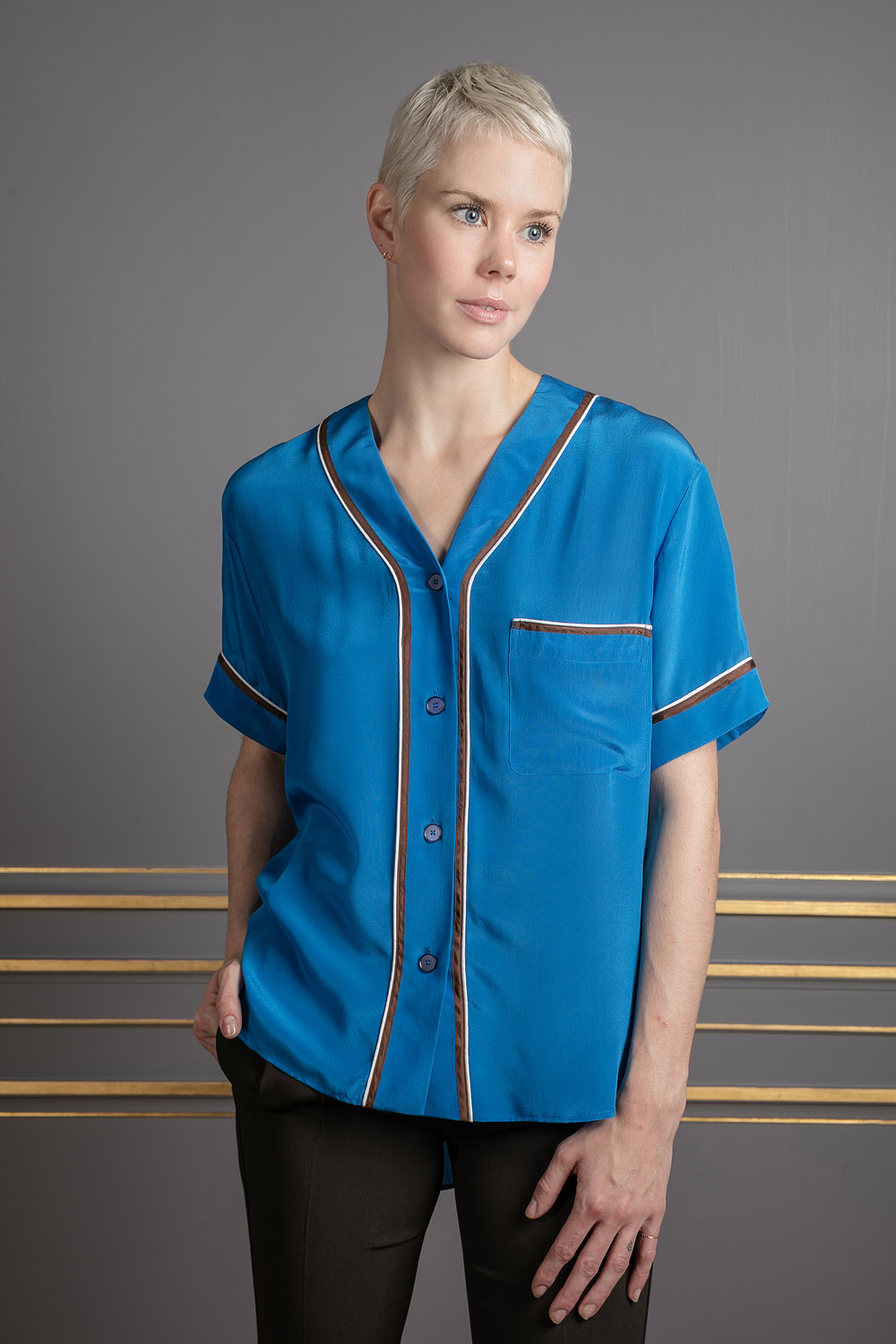 e3bae2a42917b5 boutiquelessuites.com - LesSuitesOnline buy Rochas - Blue silk shirt on our  website