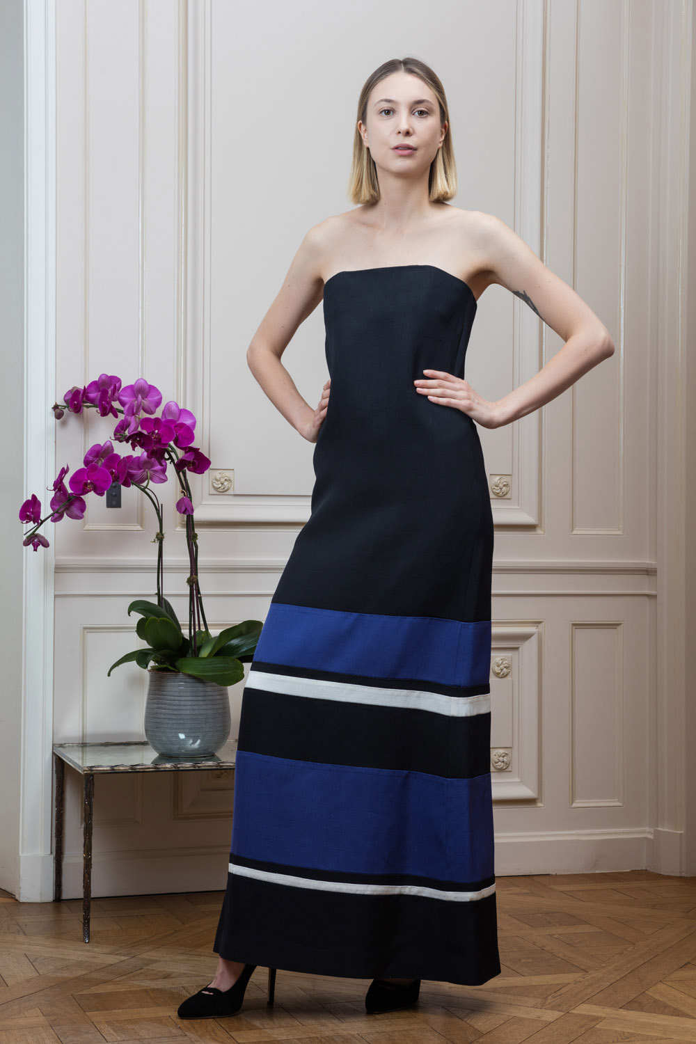 Loose silhouette shoulderless maxi dress