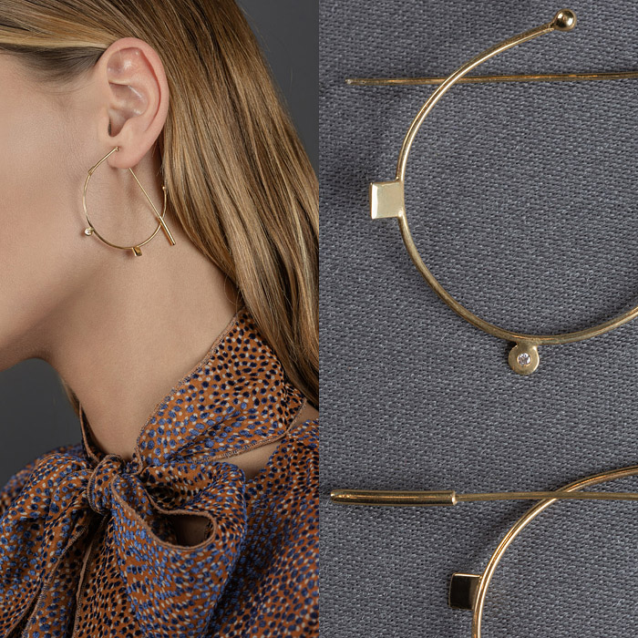 Rounded gold earrings
